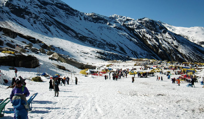 Rohtang-Pass_Wikimedia-commons_Miya